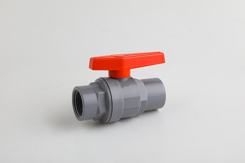 分享PVDF塑料球阀的优点和应用